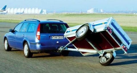 Особенности управления легкового автомобиля с прицепом